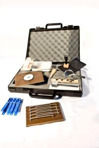 Cajas para evaluación de habilidades con herramientas manuales